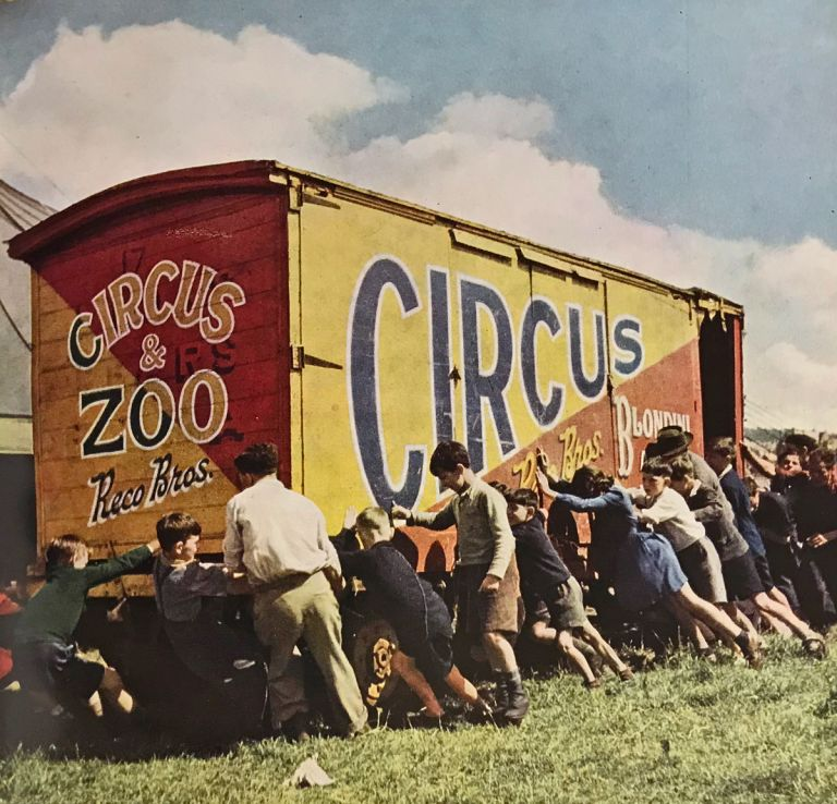 Circus Book. In Colour Photography. Ruth Manning-Sanders, Patric O'Keeffe, John Hinde, John Markham, Wolfgang Suschitzky, photographs.